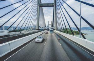中港基建促进经济发展  带动房价跃升