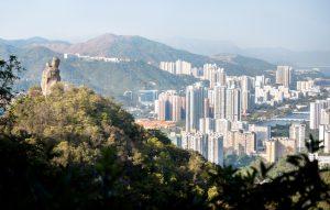 一部名人赴港买房简史 一篇当下香港置业启示录