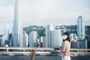 香港楼市「半撤辣」,买商铺不用交贵税,住房呢?
