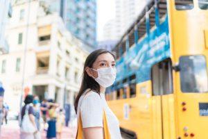 疫情冲击一整年 香港楼市还能「毫发无伤」吗?