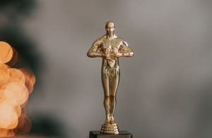 【二手盘点】跌宕起伏的一年 全港楼盘「奥斯卡」谁夺冠?
